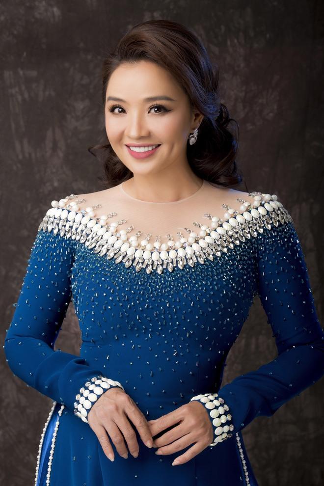 Diễn viên Hoài An quý phái với áo dài NTK Minh Châu - Ảnh 7.