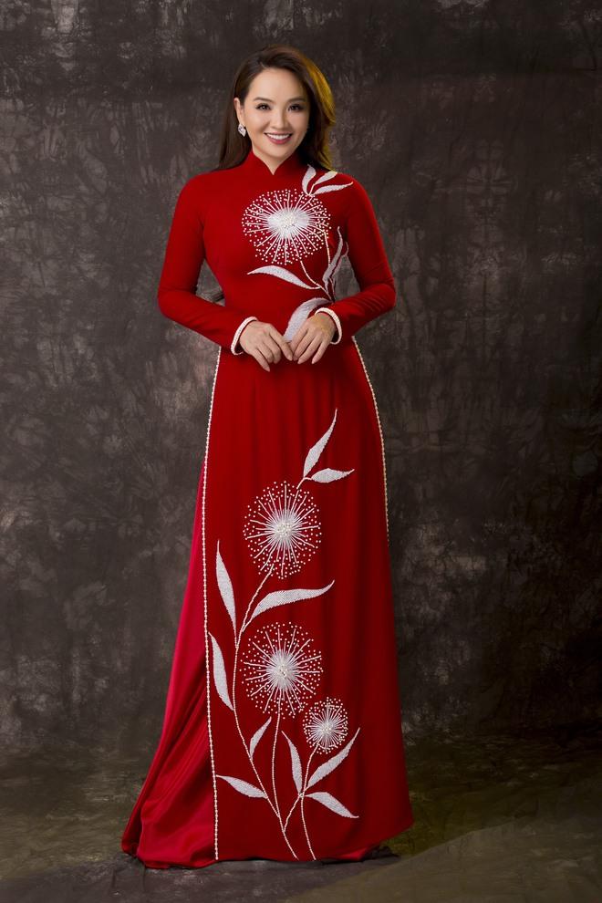Diễn viên Hoài An quý phái với áo dài NTK Minh Châu - Ảnh 4.