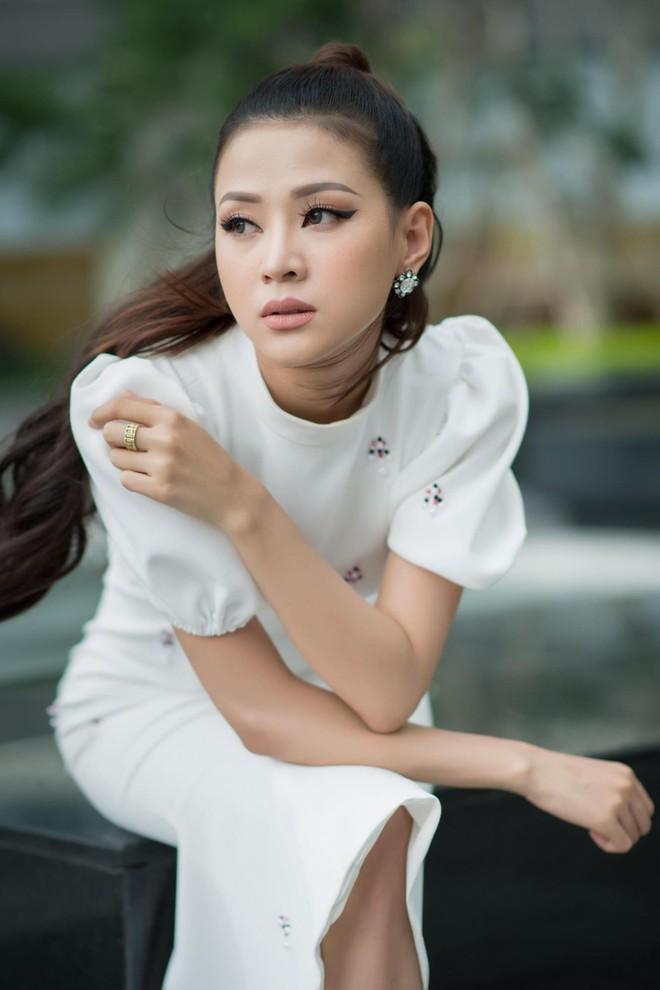 4 cô gái Minh Luân từng công khai hẹn hò: Ai cũng xinh đẹp, tài năng - Ảnh 12.
