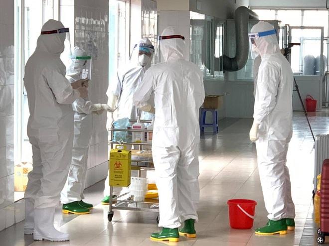 Bệnh nhân Covid-19 kỳ lạ, điều trị 51 ngày vẫn dương tính với SARS-CoV-2; Chuyên gia người Hàn Quốc làm việc tại Hải Dương tử vong do bệnh lý - Ảnh 1.