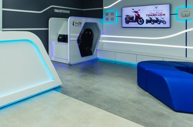 """Bên trong loạt showroom xe máy điện VinFast kết hợp trung tâm trải nghiệm Vin3S """"xịn xò"""" - Ảnh 9."""