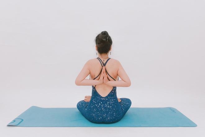 Bài tập dành cho người bị đau cổ vai gáy: Ai cần phòng ngừa đau đớn thì tập luôn và ngay - Ảnh 7.