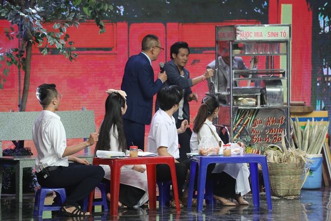 NSND Hồng Vân tiết lộ lý do nghệ sĩ miền Nam không ai dám uống nước mía - Ảnh 1.