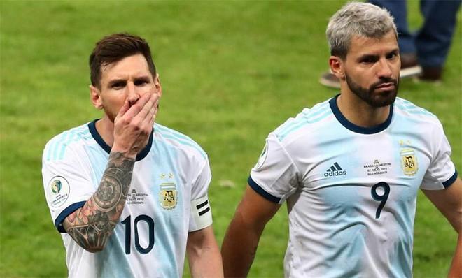 Koeman kiên quyết phản đối yêu sách của Messi - Ảnh 1.