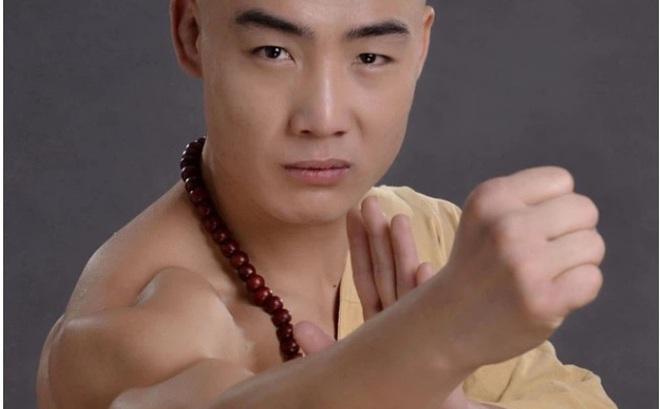 """Không phải Yi Long, một cao thủ Thiếu Lâm Tự khác sắp tỉ thí với """"Thánh Muay Thái"""""""