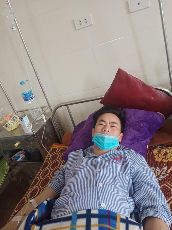 Bệnh nhân tố bị PGĐ bệnh viện làm rách niệu đạo phải mổ cấp cứu khi rút ống tán sỏi thận - Ảnh 1.