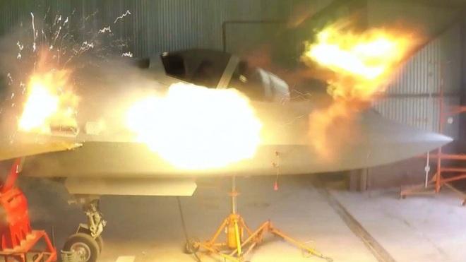 Su-57 Nga khạc lửa, nhả đạn pháo 1.500 phát/phút: Lộ hình ảnh chưa từng thấy! - Ảnh 1.