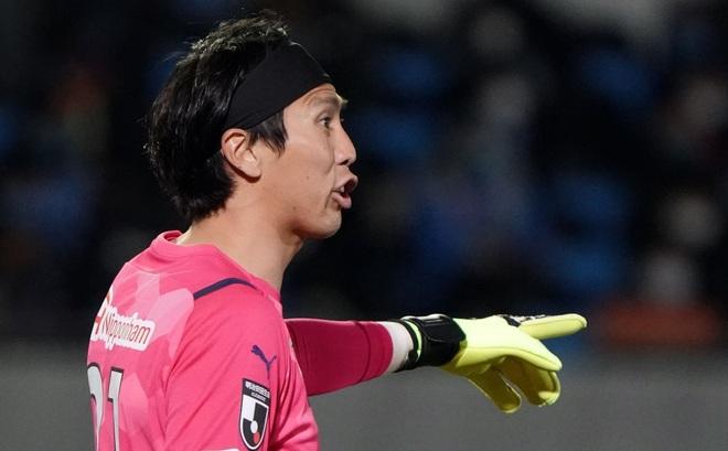 Văn Lâm bặt tăm, Cerezo Osaka bại trận đau đớn trước nhà đương kim vô địch