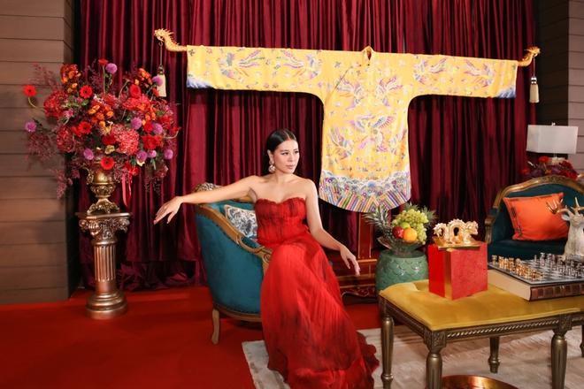 Thời trang thảm đỏ hút mắt của Nam Thư - Ảnh 10.
