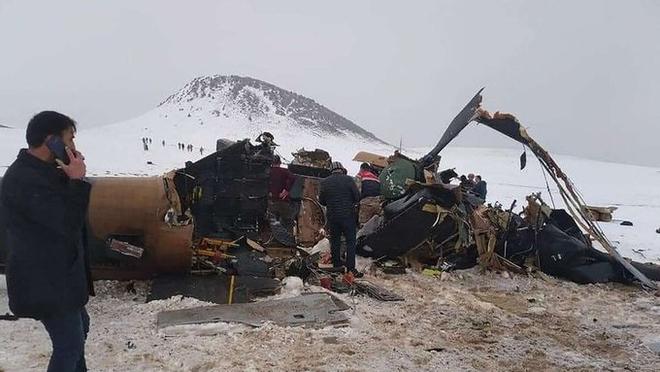 Trực thăng rơi, tướng cấp cao thiệt mạng, QĐ Thổ Nhĩ Kỳ tổn thất nặng -  4 đoàn xe quân sự Mỹ liên tiếp bị tập kích - Ảnh 2.
