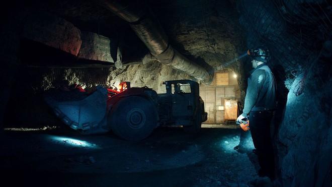 Mỏ vàng cô độc nhất hành tinh: Hàng trăm tấn vàng nằm yên không được ai khai thác - Ảnh 5.