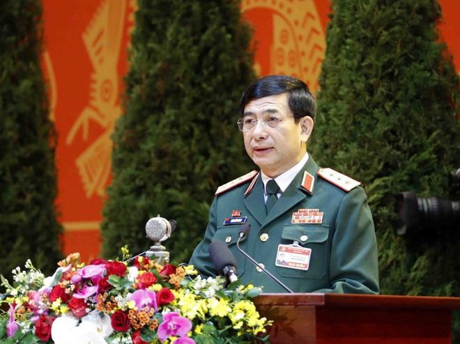 Bộ Quốc phòng giới thiệu hai Thượng tướng ứng cử Đại biểu Quốc hội - Ảnh 1.