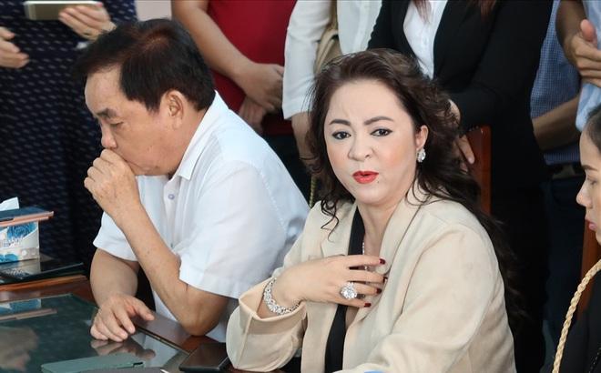 """Vợ chồng ông Dũng """"lò vôi"""" nói ông Võ Hoàng Yên đã trả lại 20 tỷ đồng và sổ hồng căn nhà 18 tỷ đồng"""