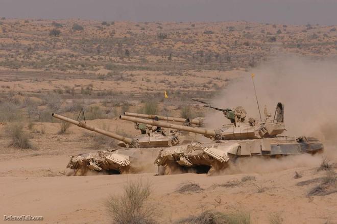 Xung đột biên giới: Xe tăng Type 99А TQ khiến T-72 và T-90 Ấn Độ tá hỏa rút lui - Ảnh 3.