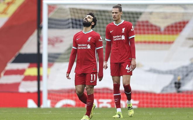 """Anfield vẫn chìm trong ác mộng, Liverpool đá không thể hiểu nổi trước đội """"cầm đèn đỏ"""""""