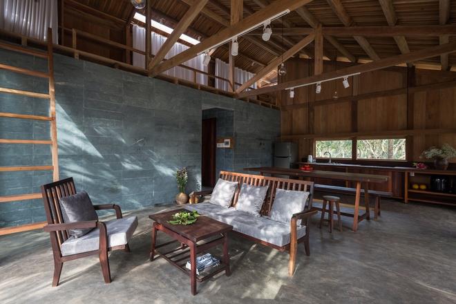 Huế: Ngôi nhà gỗ nằm trọn trong khu vườn ngập tràn hoa bưởi đẹp lạ trên báo Mỹ - Ảnh 5.
