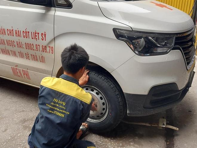 Tiếp tục xuất hiện đại gia thay lốp miễn phí cho xe của ông Đoàn Ngọc Hải - Ảnh 5.