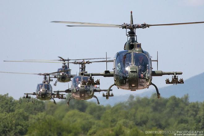 200 tăng, pháo Ukraine vào vị trí, Donbass như chỉ mành treo chuông - 19/21 UAV và tên lửa hủy diệt mục tiêu Saudi, Patriot thảm bại? - Ảnh 2.