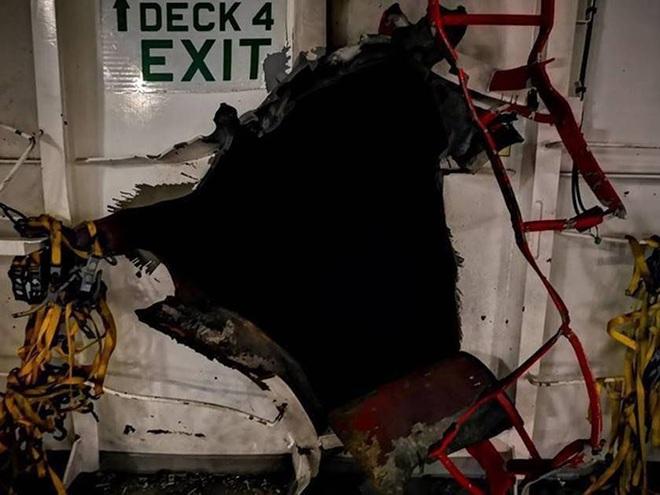NÓNG: Iran tung video vạch mặt vụ tàu Israel bị ốp mìn phát nổ, thế giới suýt bị lừa? - Ảnh 3.
