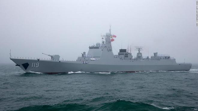 Sở hữu hạm đội lớn nhất thế giới, vì sao TQ chưa thể vươn ra biển lớn? - ảnh 2