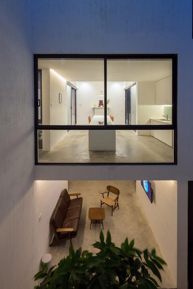 Đà Nẵng: Ngôi nhà có sàn bê tông, trát bằng cát thô, vữa xi măng xuất hiện lạ lẫm trên báo - Ảnh 8.