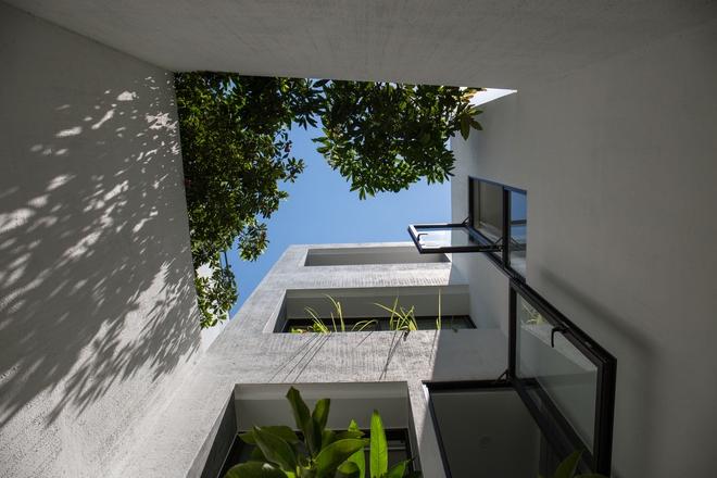 Đà Nẵng: Ngôi nhà có sàn bê tông, trát bằng cát thô, vữa xi măng xuất hiện lạ lẫm trên báo - Ảnh 6.