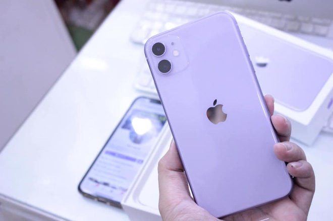 """Giá iPhone 11 giảm xuống dưới 12 triệu đồng, hàng chưa đập hộp """"bay"""" 6 triệu - Ảnh 3."""