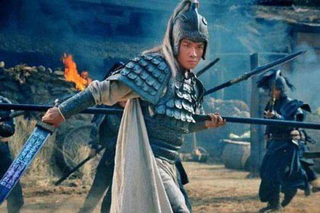 Đưa ra 1 lời khuyên mà đắc tội với quá nhiều người, Triệu Vân tự chặn đường thăng tiến của bản thân dù được Lưu Bị vô cùng ưu ái - Ảnh 6.