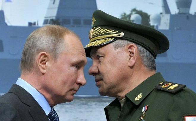 """Sai lầm lớn nhất của Nga là """"ai hỏi mua vũ khí cũng bán""""?"""