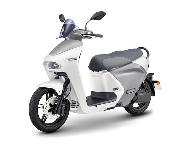 Yamaha đưa cơn ác mộng giá 75 triệu về Việt Nam, kèn cựa Honda SH, VinFast Theon? - Ảnh 12.