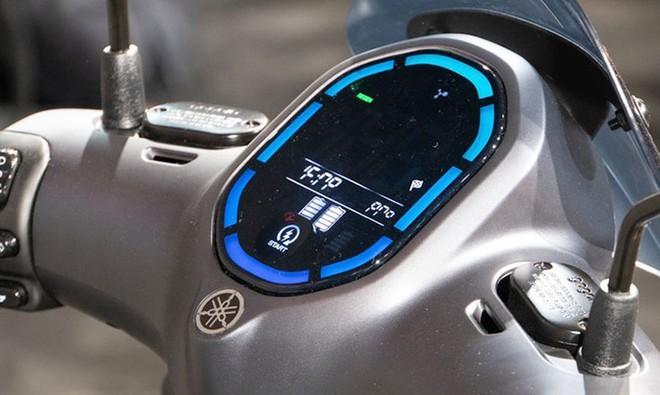 Yamaha đưa cơn ác mộng giá 75 triệu về Việt Nam, kèn cựa Honda SH, VinFast Theon? - Ảnh 9.