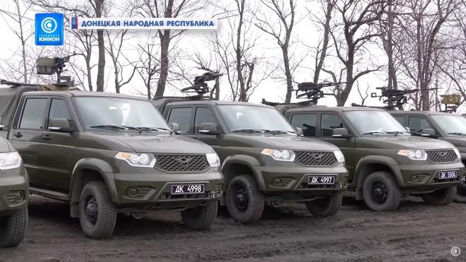 Tàu lửa chất đầy vũ khí ùn ùn kéo về biên giới Ukraine, Quân đội Nga khoe cơ bắp - F-35 sun vòi trước S-400, Israel lập tức dừng tấn công - Ảnh 4.