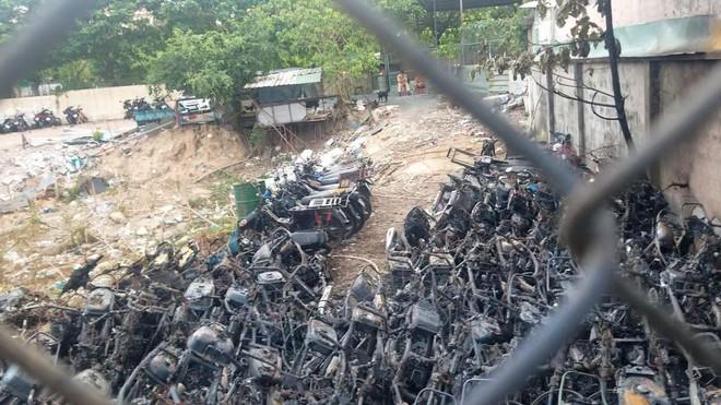 Công an TP HCM chỉ đạo điều tra vụ cháy kho giữ xe vi phạm, tang vật của CSGT TP Thủ Đức - Ảnh 2.