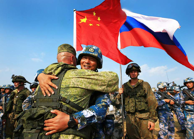 Chiến tranh Donbass bùng nổ, nhưng không phải Nga hay Ukraine mà Mỹ mới là bên thắng cuộc? - Ảnh 1.