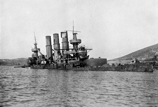 Thế chiến Zero: Hạm đội Nga tan tành, căn cứ trọng yếu thất thủ, Moskva thỏa thuận tủi hổ trước Nhật - Ảnh 2.