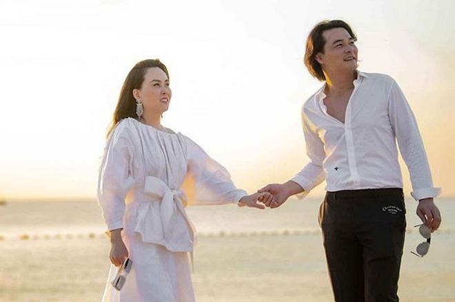 Phượng Chanel tuyên bố chia tay bạn trai kém nhiều tuổi Quách Ngọc Ngoan dù đã có con chung - Ảnh 1.
