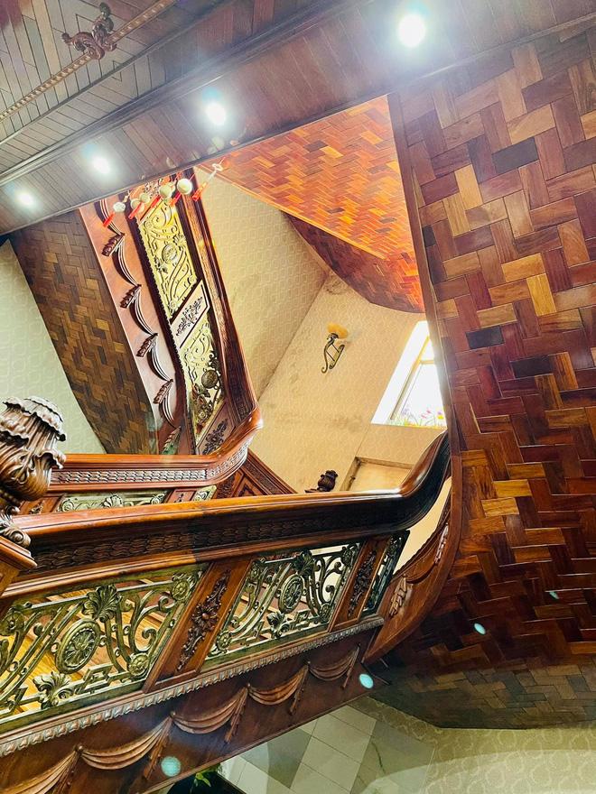 Choáng ngợp biệt thự rộng cả nghìn m2, phủ gỗ Lào từ đầu đến chân của đại gia Bắc Ninh - Ảnh 5.