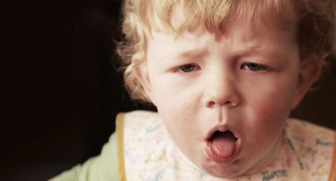 Chuyên gia chỉ 9 kiểu tiếng ho ở trẻ: Khi nào là dấu hiệu nguy hiểm, dấu hiệu bệnh nặng? - Ảnh 1.