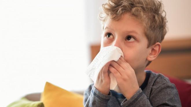 Chuyên gia chỉ 9 kiểu tiếng ho ở trẻ: Khi nào là dấu hiệu nguy hiểm, dấu hiệu bệnh nặng? - Ảnh 2.