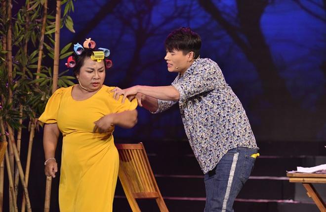 Diễn viên quần chúng showbiz Việt: Bị đánh và ăn chặn tiền cát-xê  - Ảnh 4.