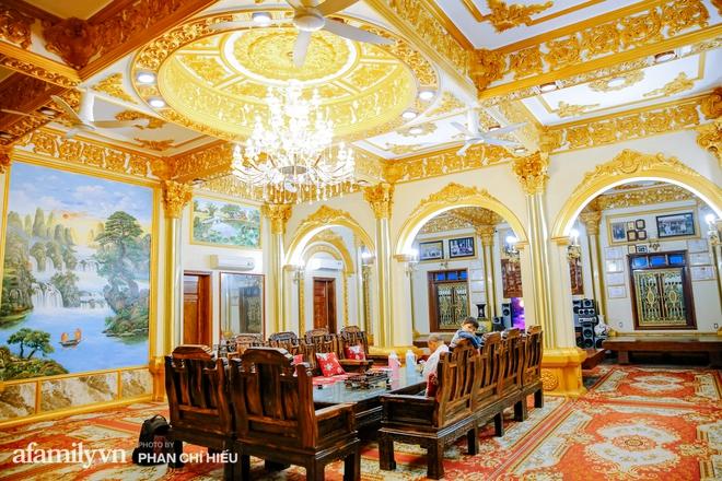 Đến thăm tòa lâu đài khủng nhất tỉnh Hưng Yên, vị đại gia nổi tiếng giản dị bật mí về giá trị thực sự của công trình làm nhiều người khó tưởng tượng - Ảnh 12.