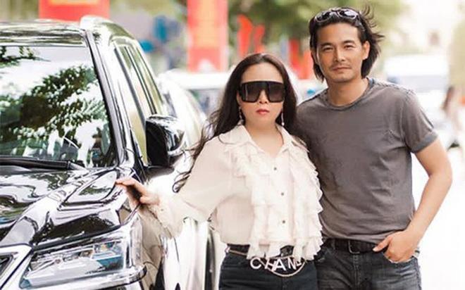 Chuyện tình thị phi của Quách Ngọc Ngoan và nữ đại gia hơn 8 tuổi - Phượng Chanel trước khi đổ vỡ - Ảnh 3.