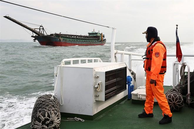 Chiến thuật gây hấn dồn dập: Tung đòn hiểm, Trung Quốc lộ dã tâm làm láng giếng gục ngã - Ảnh 1.