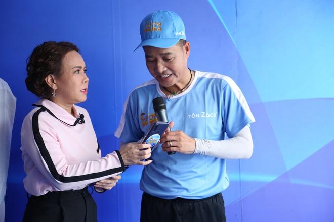Việt Hương: Tôi cũng chỉ là con cóc ké, bám theo người khác - Ảnh 3.