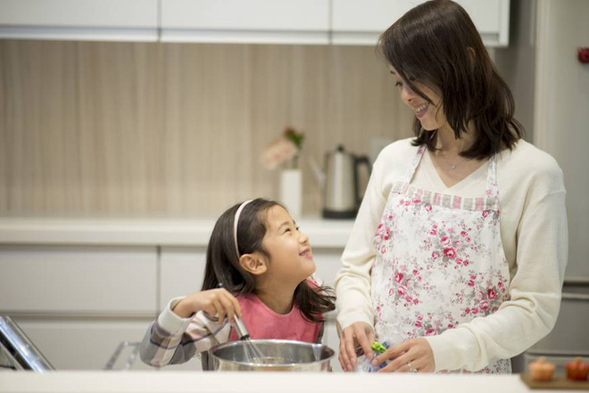 Trẻ nhỏ lớn lên trong 4 kiểu gia đình này thường rất tự tin, tương lai tiền đồ dễ xán lạn hơn chúng bạn - Ảnh 2.