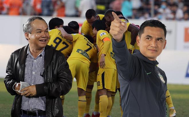 Sau tấm vé gây sốc ngày nào, bóng đá Việt sẽ thêm lần nữa cần cảm ơn đám trẻ nhà bầu Đức?