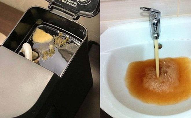Bỏ tiền thuê khách sạn nhưng khi nhận phòng thì sốc không nói nên lời khi thấy ấm đun nước rêu mốc tua tủa, bồn rửa mặt nước xả đục ngầu