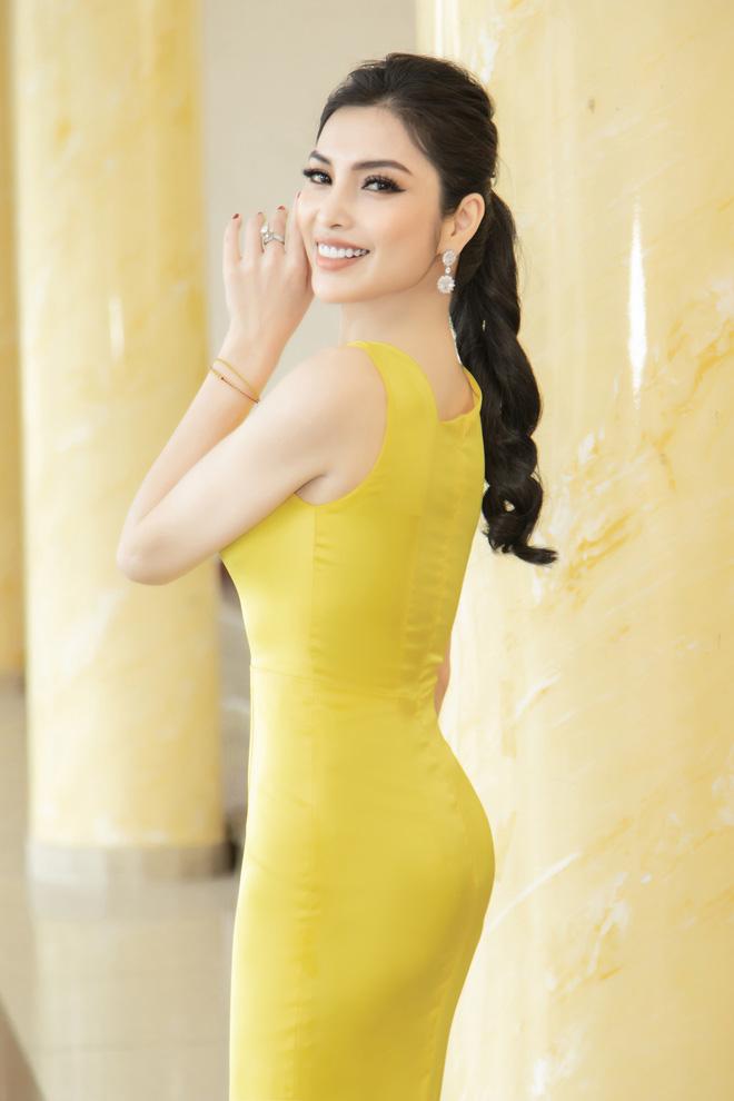 Kim Huyền Sâm đắt show ngồi ghế nóng - Ảnh 2.