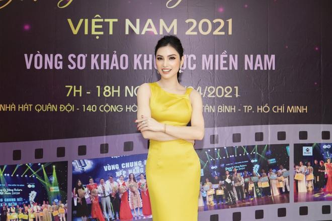Kim Huyền Sâm đắt show ngồi ghế nóng - Ảnh 4.