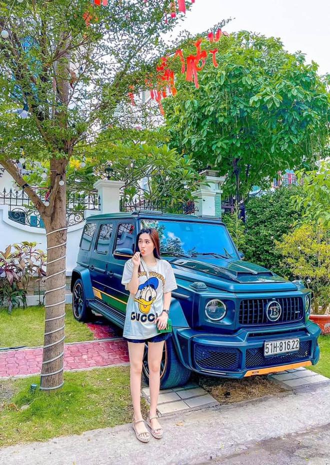 Nhan sắc gợi cảm, cuộc sống siêu giàu của ca sĩ chi 7,5 tỷ mời Quách Thái Công thiết kế nhà - Ảnh 10.
